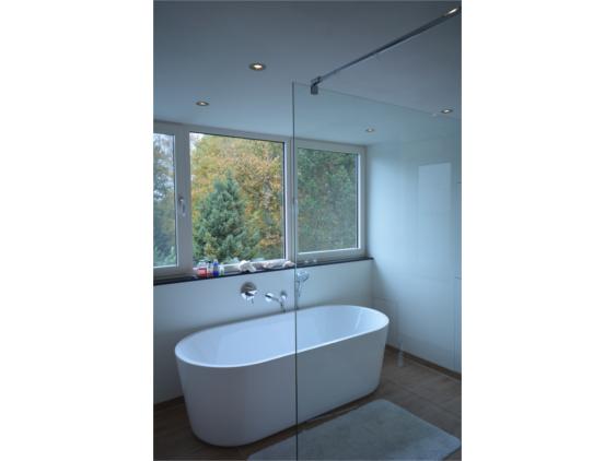 Badkamers En Keukens : Klussenbedrijf beba v.o.f. werkzaamheden dakramen & kapellen ]